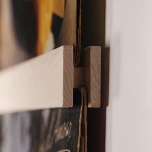 Vinyl Frame Maple closeup zijkant